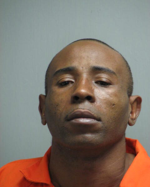 Alexandria man accused of trying to stab his wife to death